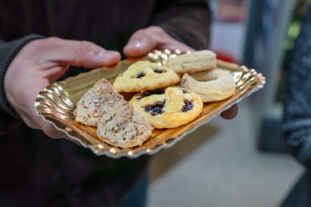 Trastevere Food Tour: Plate of Cookies from Biscottificio Artigiano Innocenti