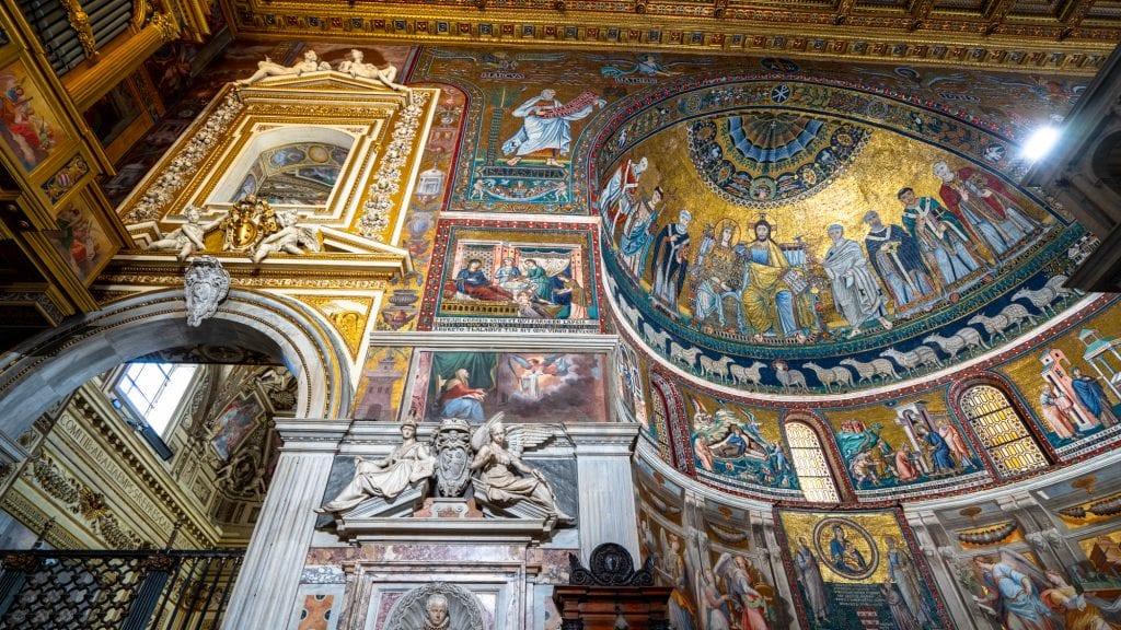 Trastevere Food Tour: Mosaics in Basilica di Santa Maria