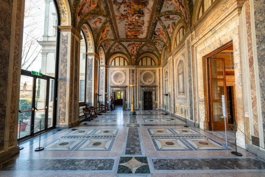 Hidden Gems in Rome: Raphael's Frescoes at the Villa Farnesina