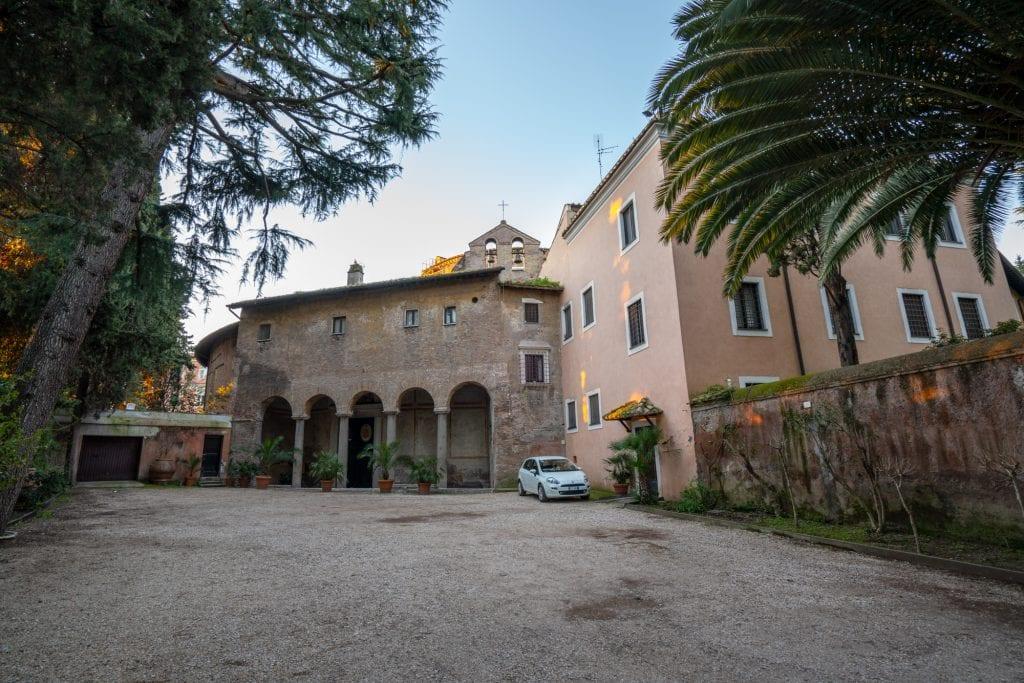 Hidden Gems in Rome: Entrance to Santo Stefano Rotondo