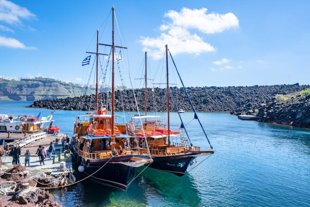 Sailboats near Santorini: 3 day Santorini Itinerary