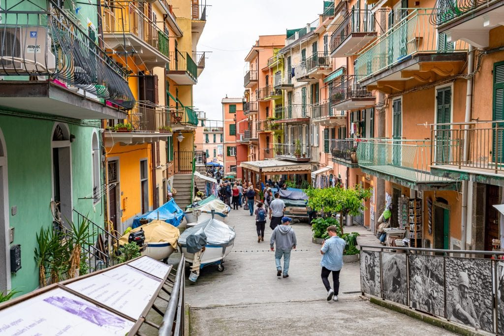 Main street of Manarola, Cinque Terre