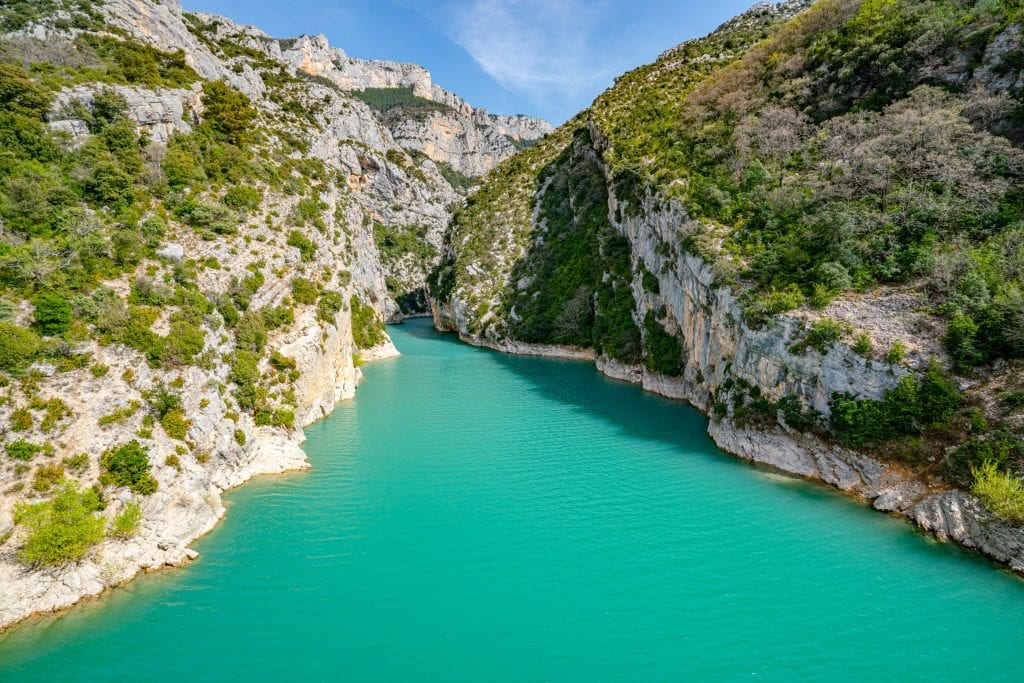 bright turquoise water in a gorge in verdon national park france