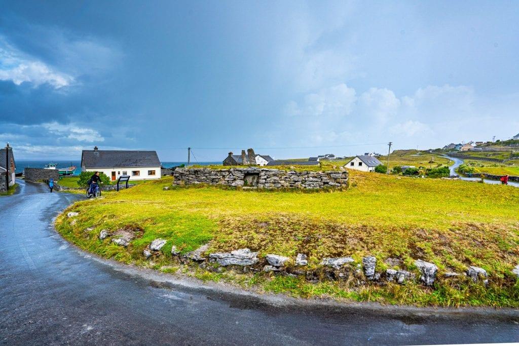 Bronze Age burial mound on Inisheer Ireland