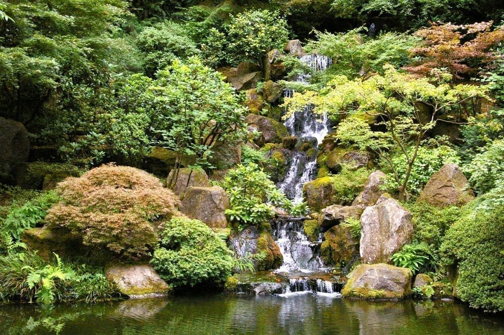 Waterfall in Portland Oregon Japanese Garden, a relaxing stop during 3 days in Portland Oregon