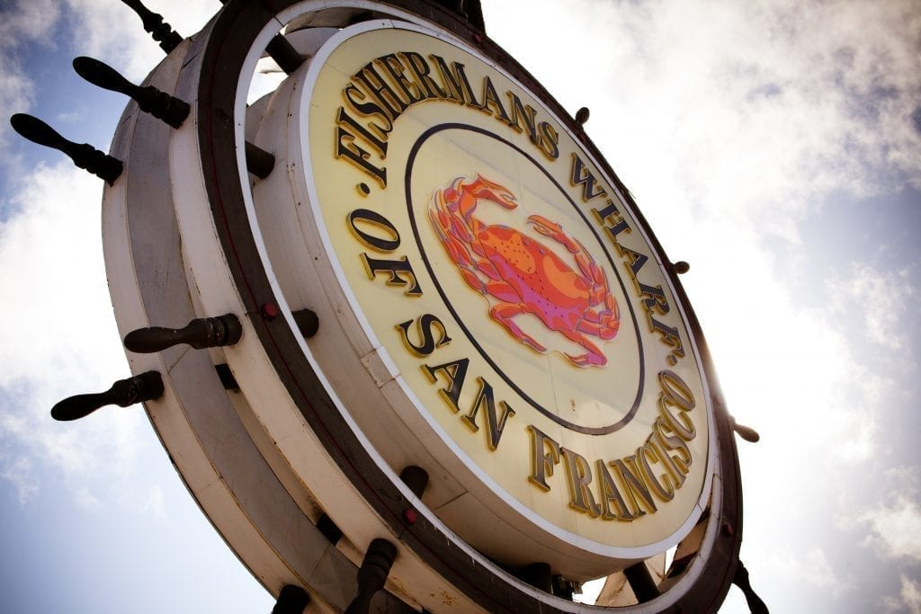 Famous round Fisherman's Wharf sign, a must-see during 3 days in San Francisco California