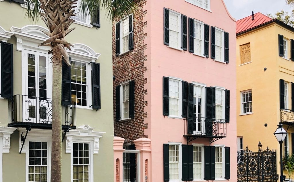HIstoric homes painted pastel colors, a must-see during three days in Charleston south carolina