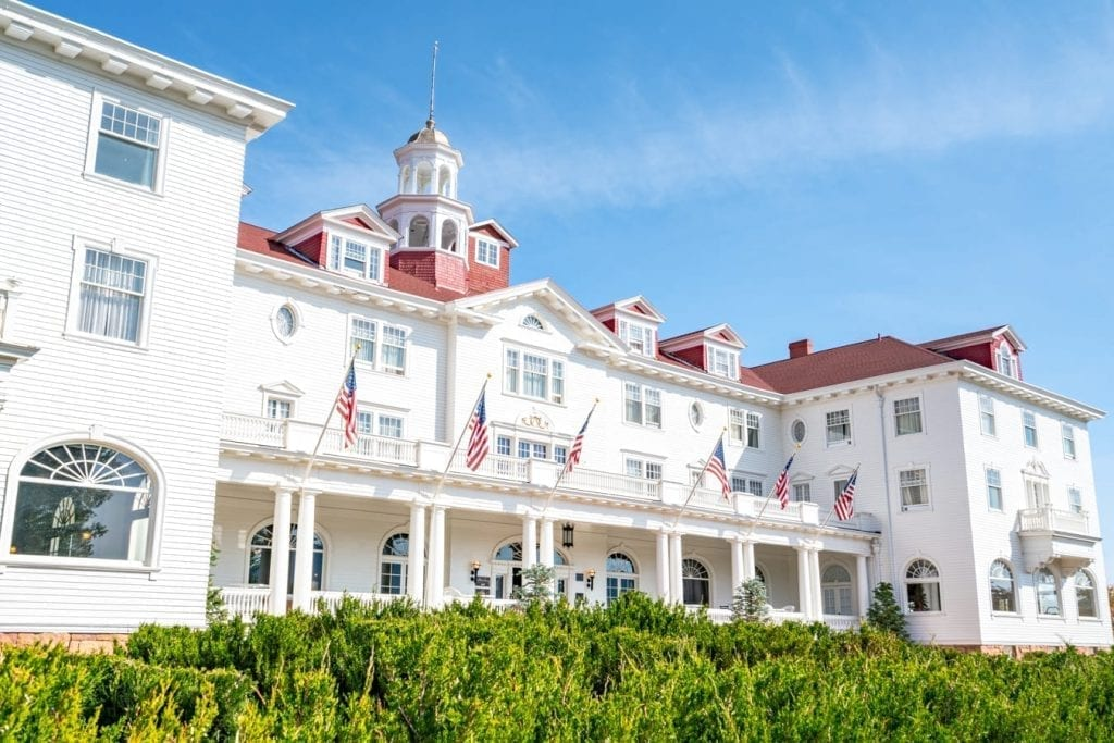 white exterior of the stanley hotel, one of the best estes park attractions