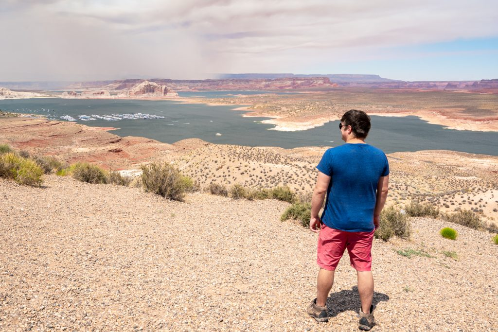jeremy storm overlooking lake powell, one of the fun things to do in page arizona