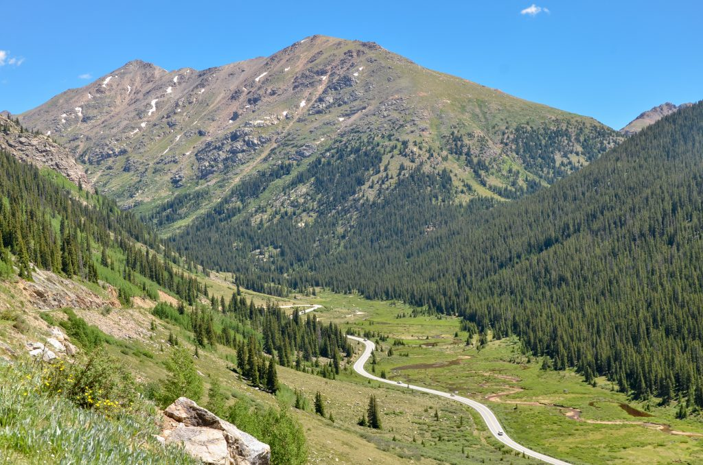 mountain views along independence pass in colorado