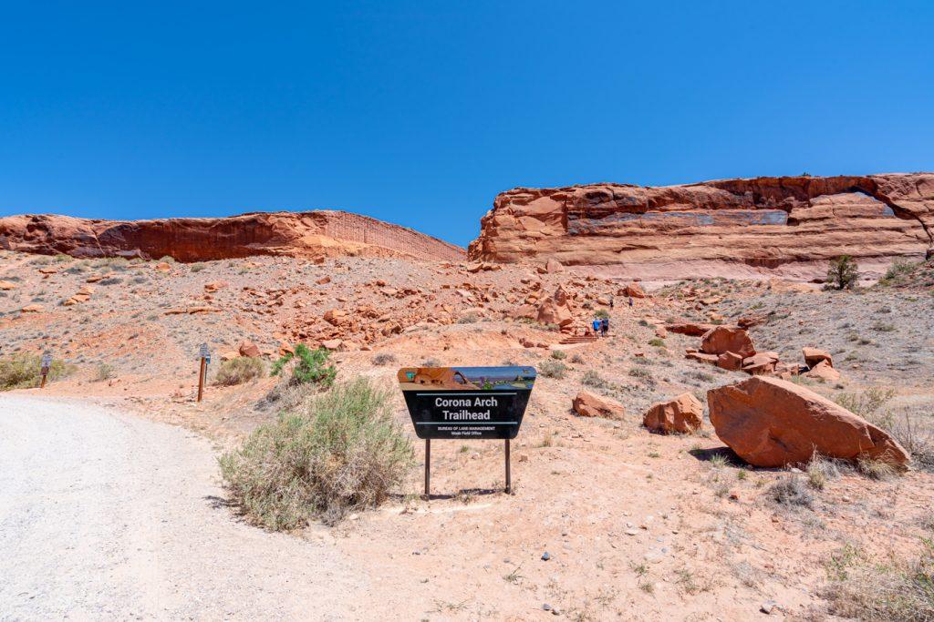 sign marking corona arch trailhead