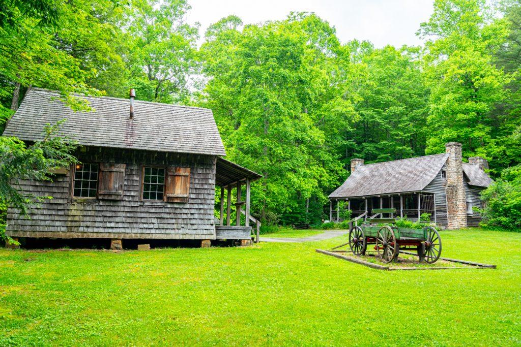 historic ranger cabins in pisgah national forest north carolina