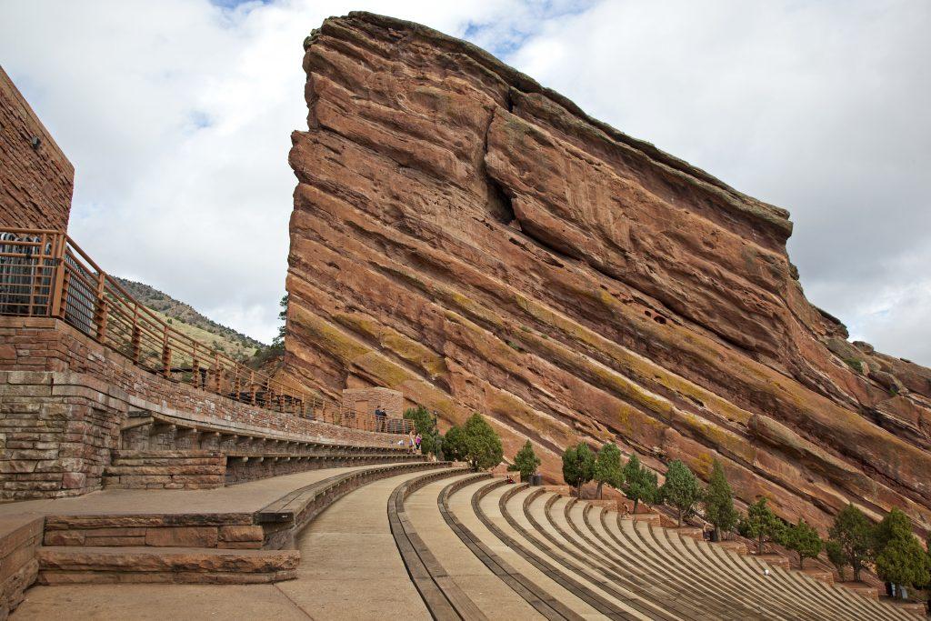 photo of empty red rocks amphitheatre in denver co