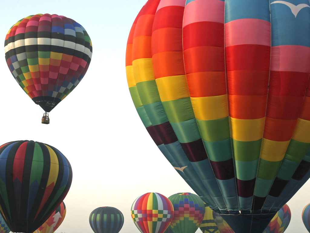 hot air balloons lake george new york, one of the best usa november travel destinations